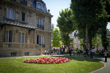 Connecting with family history: Marymount, Paris