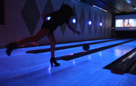 """Students Dance and Bowl at """"A Night of a Thousand Colors"""""""